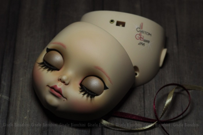 Neo Blythe Natasha Moore para Lia Domingues 0001